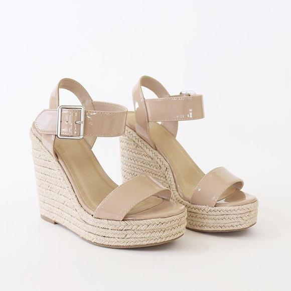 8a12e0e8244 burst beige patent espadrille wedge sandal. NWT. Delicious
